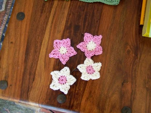 little crochet flowers for hair slides